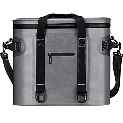 Out Of The 3 Cooler Bags We Re Reviewing Today Homitt 30 Cans Soft Pack Bag Is Most Affordable This Doesn T Mean It S