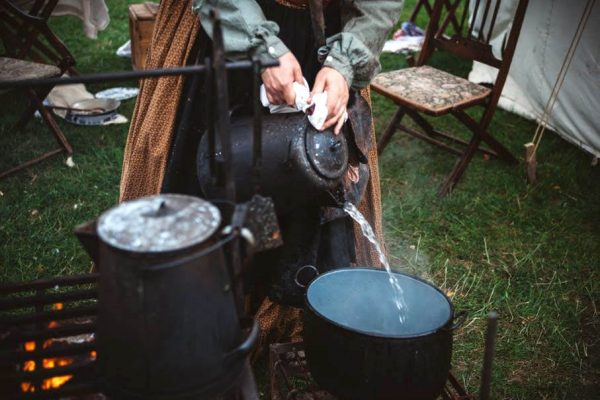 How to Boil Water While Camping?